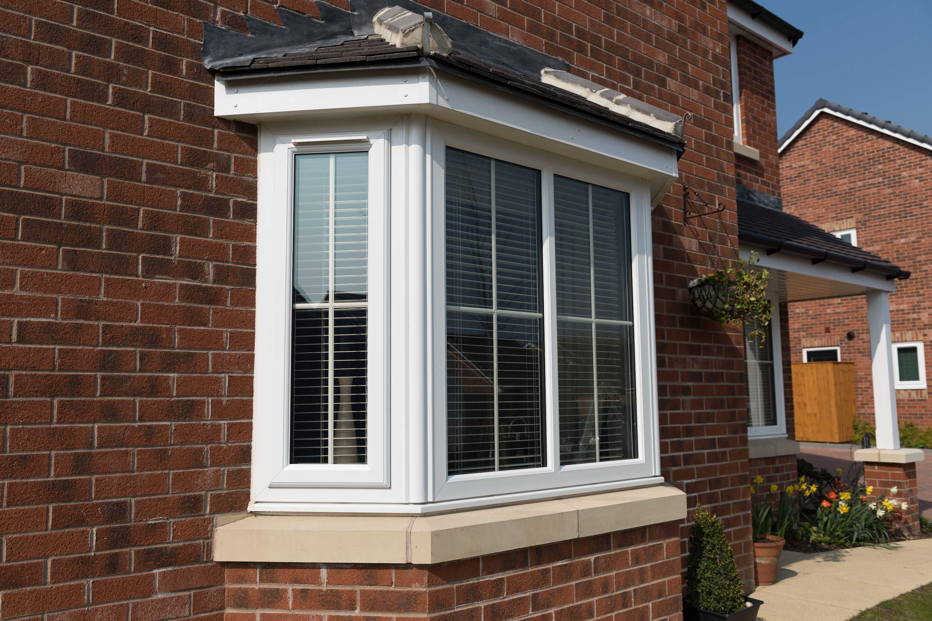 Bay and bow windows require inside and outside measurements for proper double glazing sizes