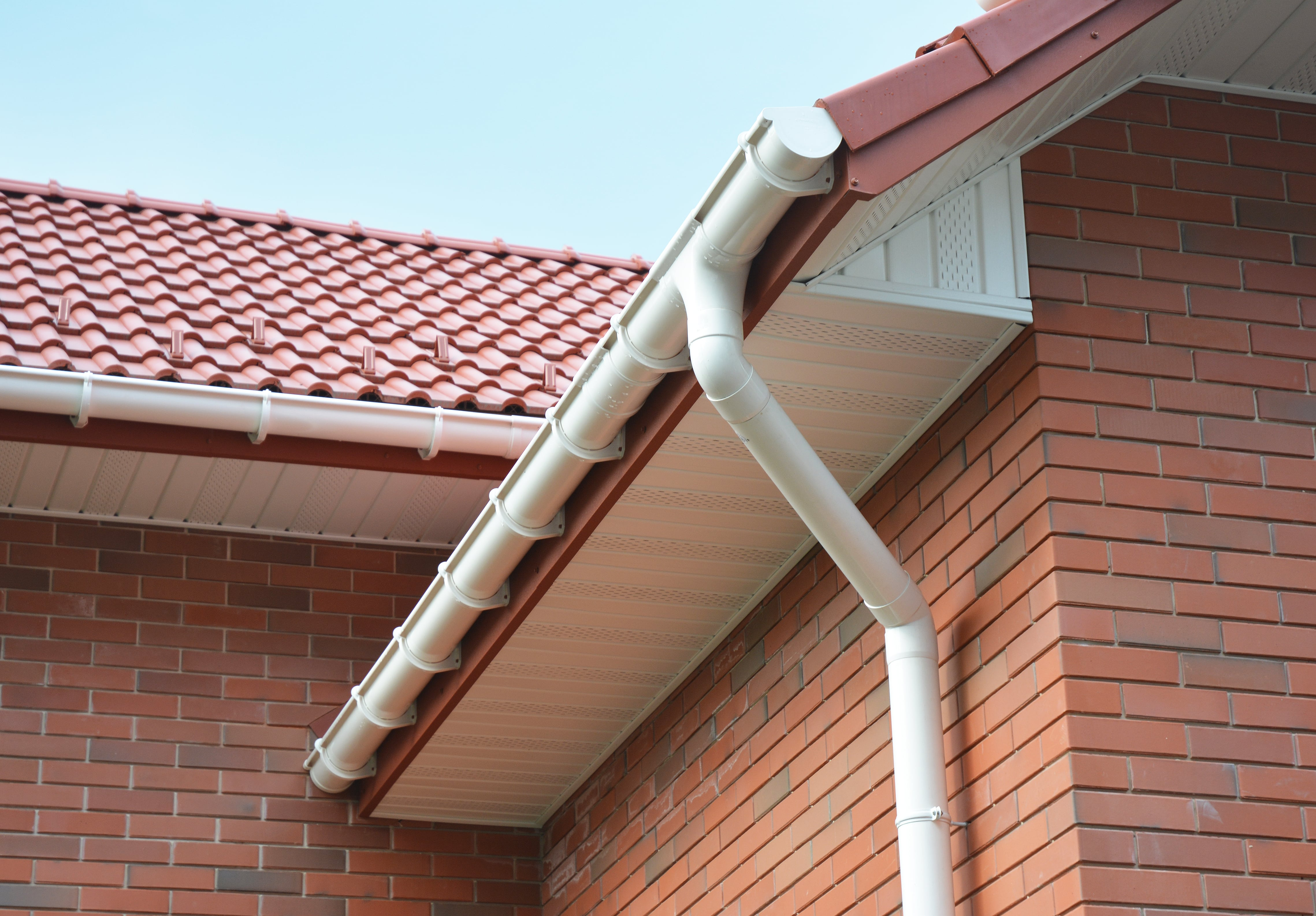 replacement guttering and fascia cost uk