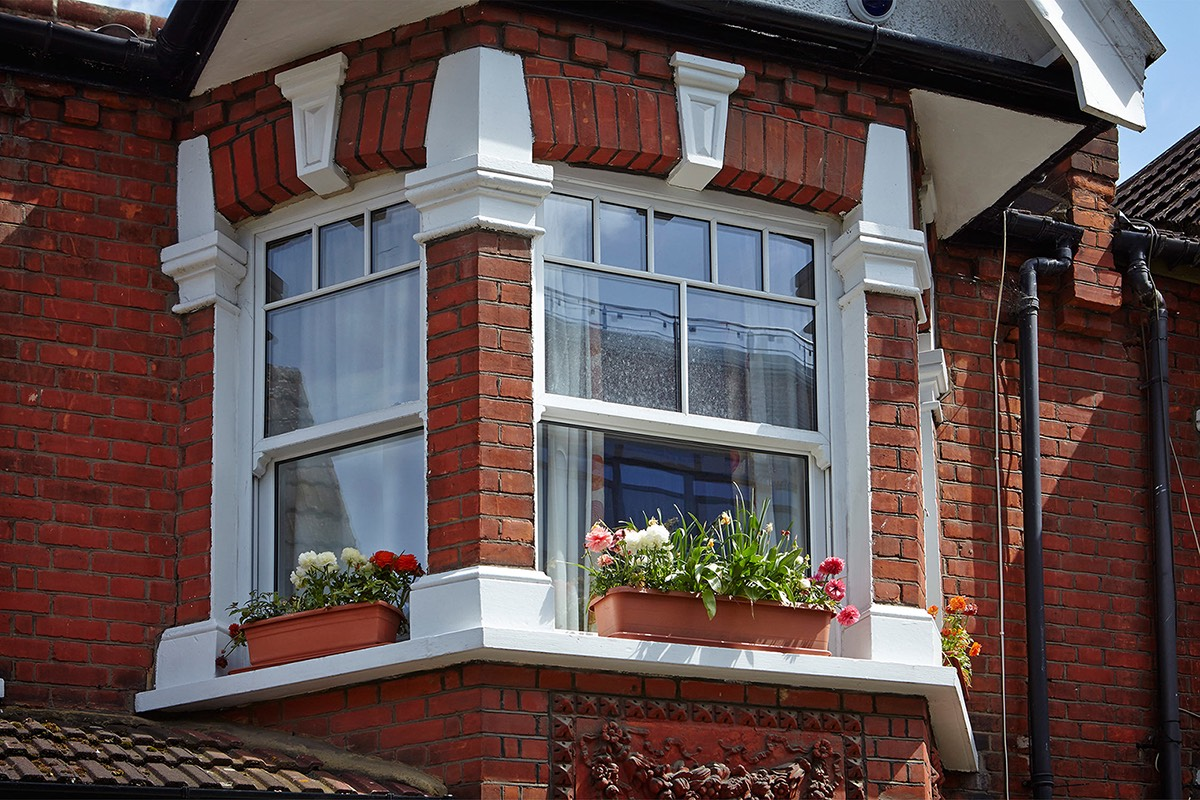 replacing double glazing with sash windows
